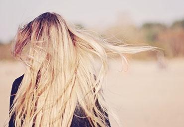 No-poo: peut-il entraîner une chute de cheveux?