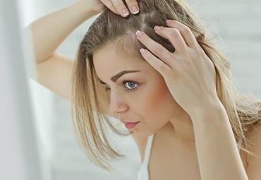Chute de cheveux : comment y remédier ?
