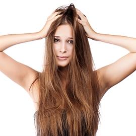La guerre des nœuds dans les cheveux
