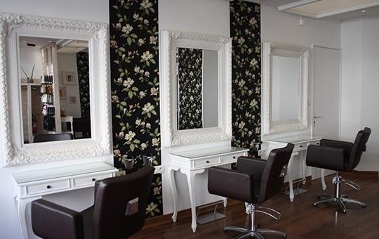 coiffeur loire atlantique pas cher salon de coiffure 44. Black Bedroom Furniture Sets. Home Design Ideas