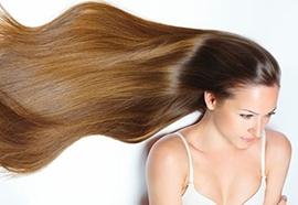 Une coiffure bohème pour cheveux longs