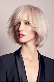 Quelle coupe de cheveux pour femme de 60 ans ?